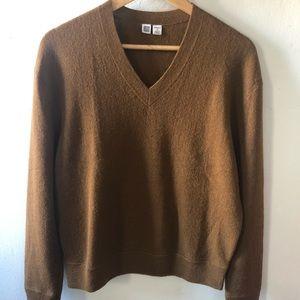 Uniqlo Wool V-Neck